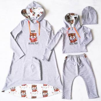 """Набор для мамы и сына """"Маленький пилот"""" с индивидуальной вышивкой. Размер платья XS, детский комплект 92. Цена за 2 комплекта."""