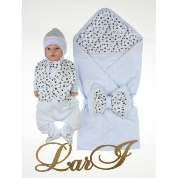 Летний комплект на выписку из роддома новорожденного мальчика