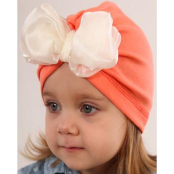 Тонкая шапочка оранжевая с бантом на девочку 46-48 см обхват