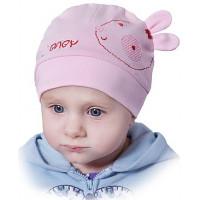 Розовая шапочку весенняя на девочку